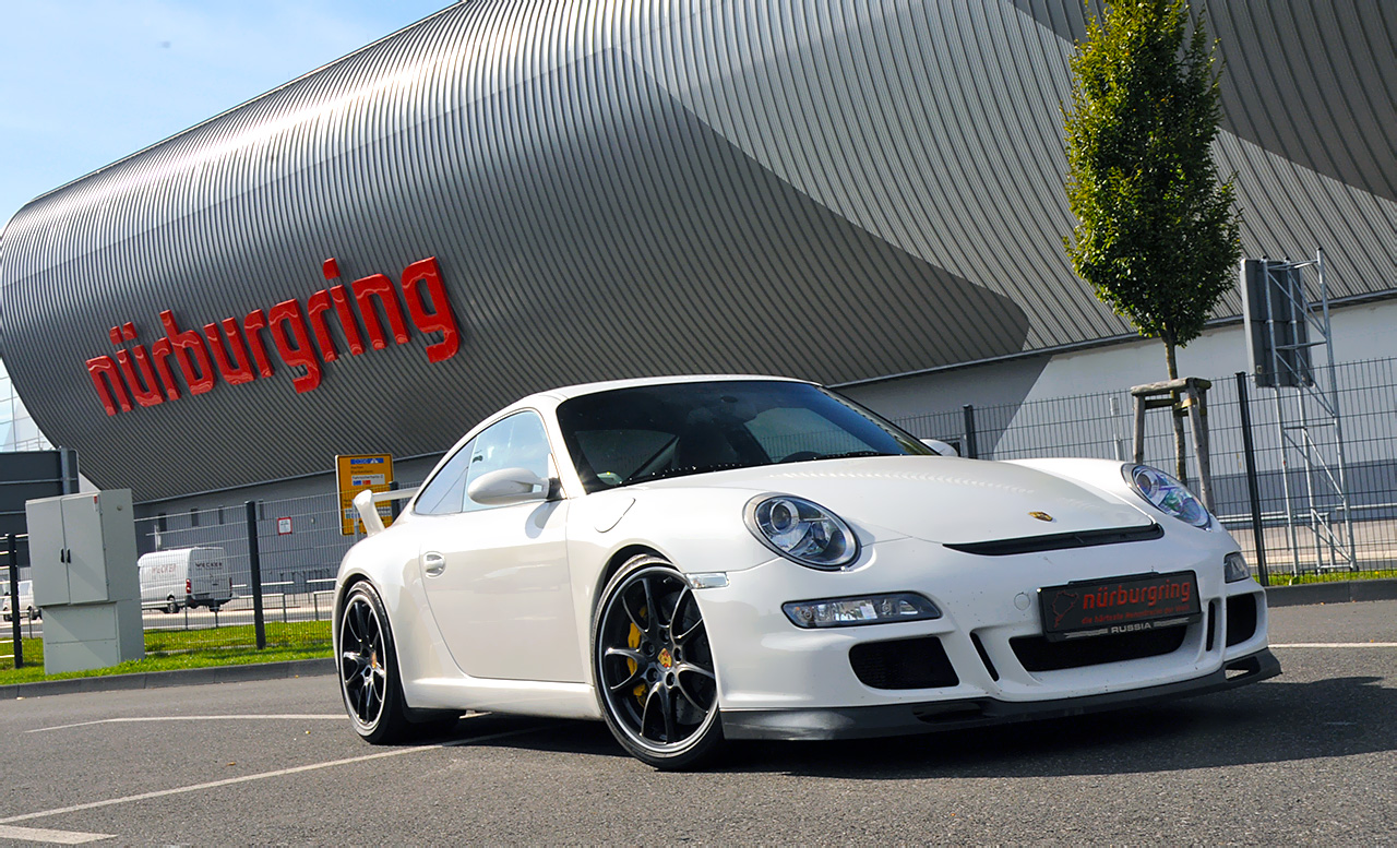 rent a porsche gt3 at the nürburgring nordschleife